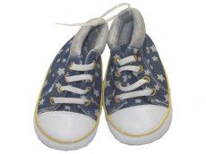 Csillagos, puhatalpú cipő