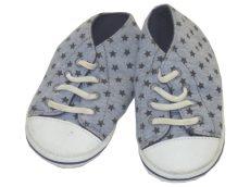Csillagos, kék, puhatalpú cipő